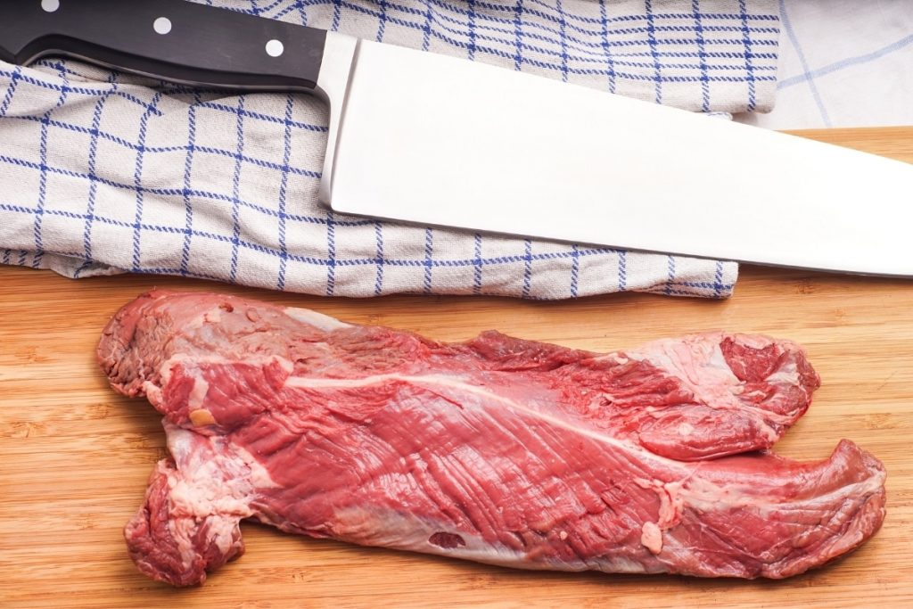 trim hanger steak